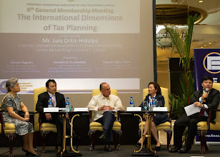 Photo: 22 August 2013 - General Monthly Meeting of FINEX. Panel discussion with moderator Conchita Manabat and panelists Hiroshi Yaguchi (JACFO-Japan), Chairman Luis Ortiz-Hidalgo, Benedicata Du-Baladad (FINEX-Philippines) and Bach Nguyen (VCFO-Vietnam)