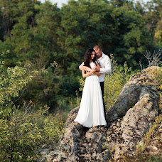 Wedding photographer Oksana Ryabovol (oksss12333). Photo of 30.08.2016
