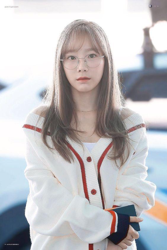 taeyeon shoulder 18