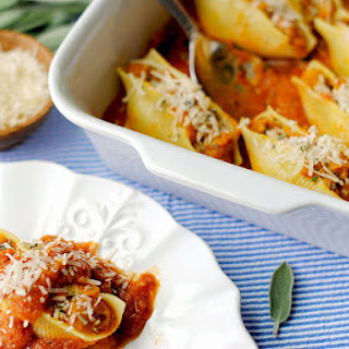 {Healthy} Pumpkin and Sage Stuffed Shells