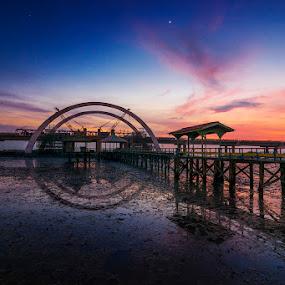 Kenjeran under Construction by Alfon Adalah Klepon - Landscapes Sunsets & Sunrises ( indonesia, east java, bridge, beach, sunrise,  )