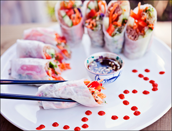 Healthy Fresh Rice Paper Rolls with Sweet Garlic Hot Pepper Sauce