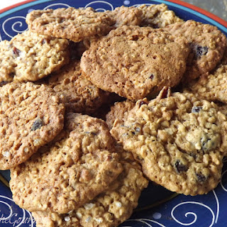 Oatmeal and Craisin Cookies