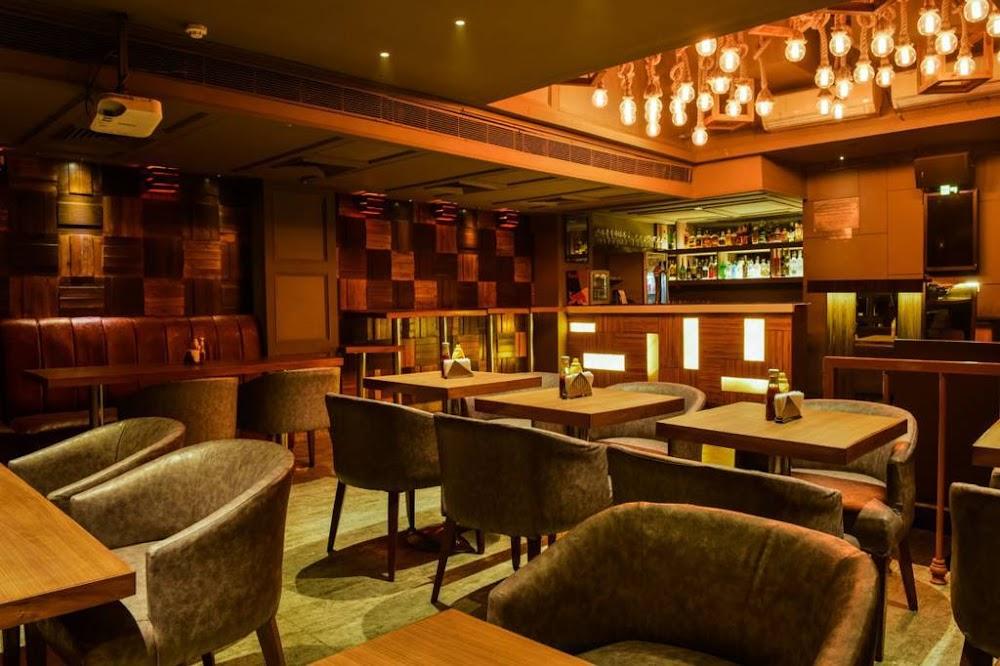 bars_pubs_delhi_otb_image