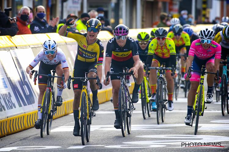 """Vos doet Jumbo-Visma nog een keer vieren: """"Hoorden over winst van Wout"""" en """"Aanpassen eigen aan het wielrennen"""""""