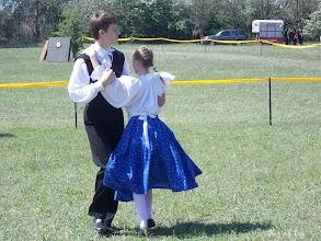 Photo: Apró léptekkel a népi táncosok