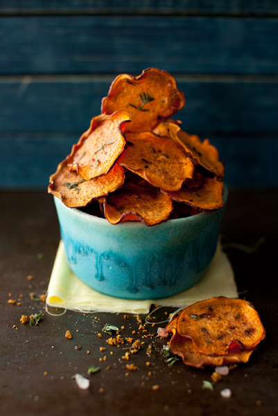 Photo: Yelena from Cooking Melangery Title: Orange Sweet Potato Baked Chips with Thyme URL:  http://www.melangery.com/search?updated-max=2012-03-26T20:50:00-04:00&max-results=2: Camera/Lens: CANON Mark 2, 50 mm: Location:  Newtown, PA