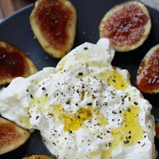 Fig Brulee with Burrata Cheese.