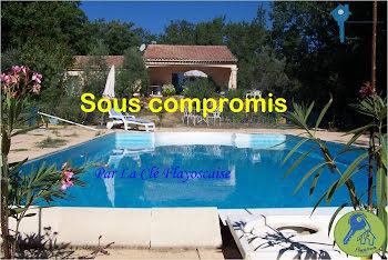 villa à Chateaudouble (83)