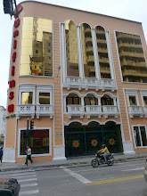 Photo: A building in Ambato that blends echoes of the colonial style with modern elements