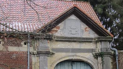 Photo: Toegangspoort van het voormalig kasteel van Loonbeek