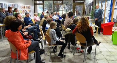 Photo: Literarni večer z Ivanom Sivcem v Mestni knjižnici Izola. (Foto Darja Kromar)