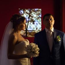 Wedding photographer Denis Kovalev (Optimist). Photo of 26.10.2015