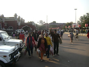 Photo: Team Medma at Charbagh station for charity - 2010