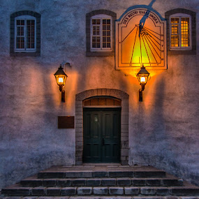by Clermont Poliquin - City,  Street & Park  Historic Districts ( night lights )