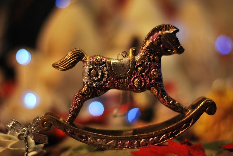Vorrei un cavallino a dondolo.. di rosy_greggio