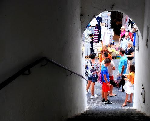 Passeggiando per il mercato di Luciano Fontebasso