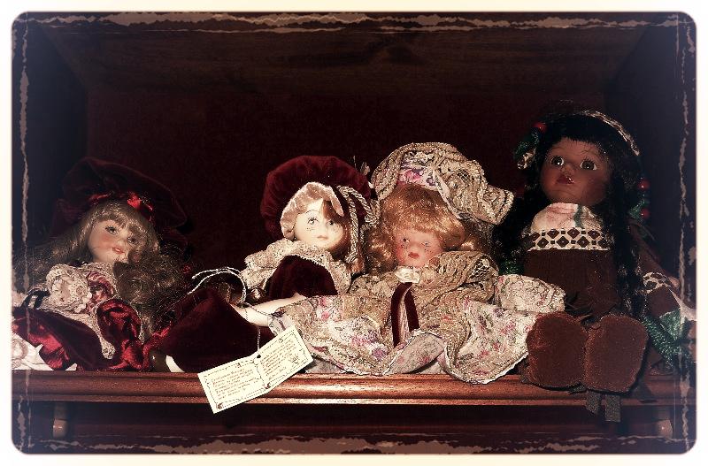 Antica Collezione   (Bambole di porcellana) di Rossella Valitutti