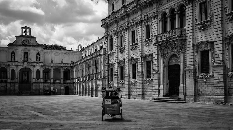 """Lecce: """"mezzogiorno di fuoco""""  di utente cancellato"""