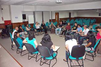 Photo: Atividade interativa com o professor Hugo Botelho consistiu em cometições de memorização e agilidade