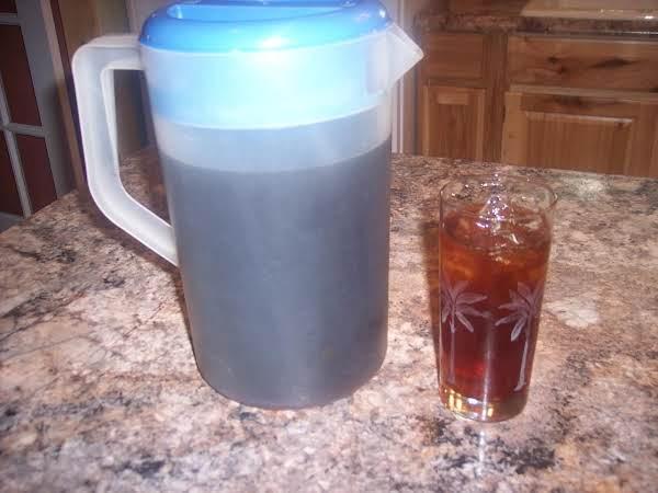 Basic Southern-style Iced Tea Recipe