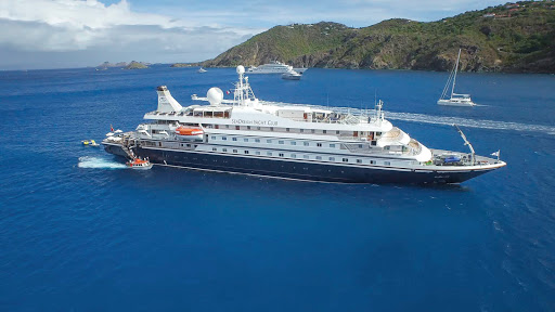 Seadream-caribbean4.jpg - Visit memorable destinations on a SeaDream ship with only 110 passengers.