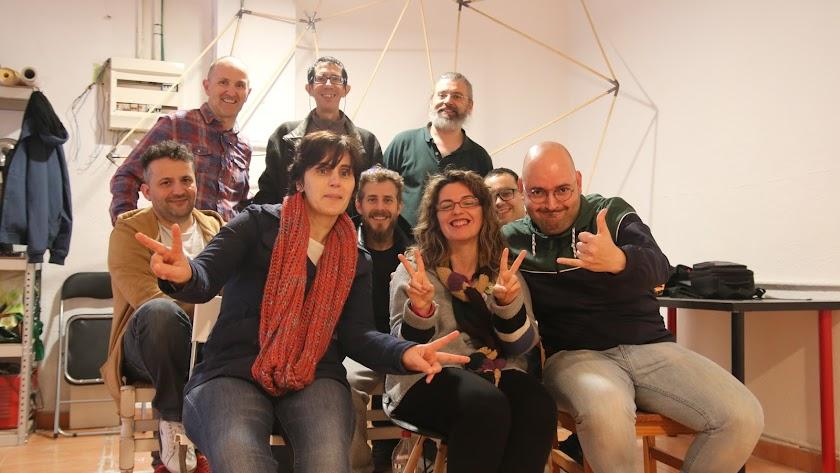 Foto de familia de algunos miembros y fundadores de La Jaquería