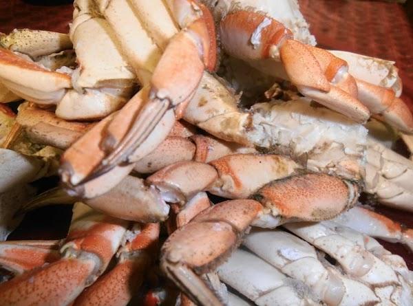 Defrost crab legs
