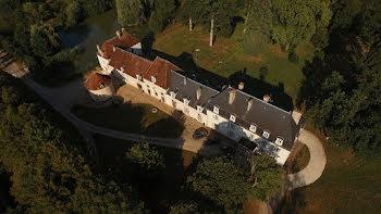 château à Auxerre (89)