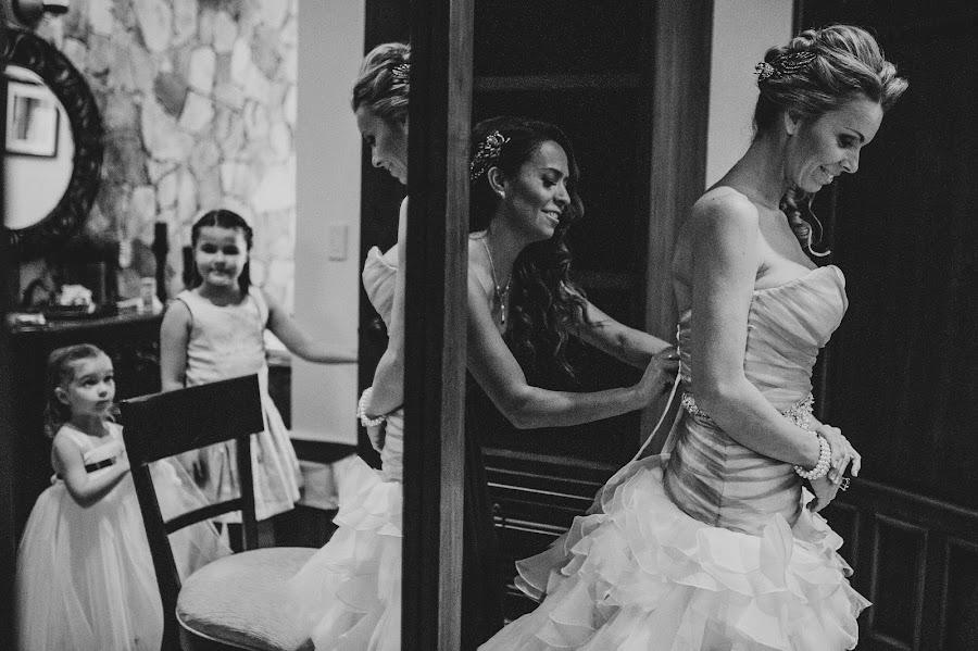Fotógrafo de bodas Tomas Barron (barron). Foto del 20.06.2015