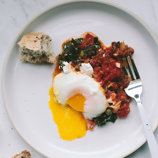Tomato Poached Eggs with Kale and Wheat Berries