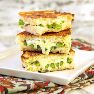 Roasted Asparagus Grilled Cheese Sandwich