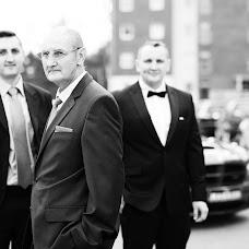 Wedding photographer Marek Kielbusiewicz (MarekKielbusiew). Photo of 15.12.2016