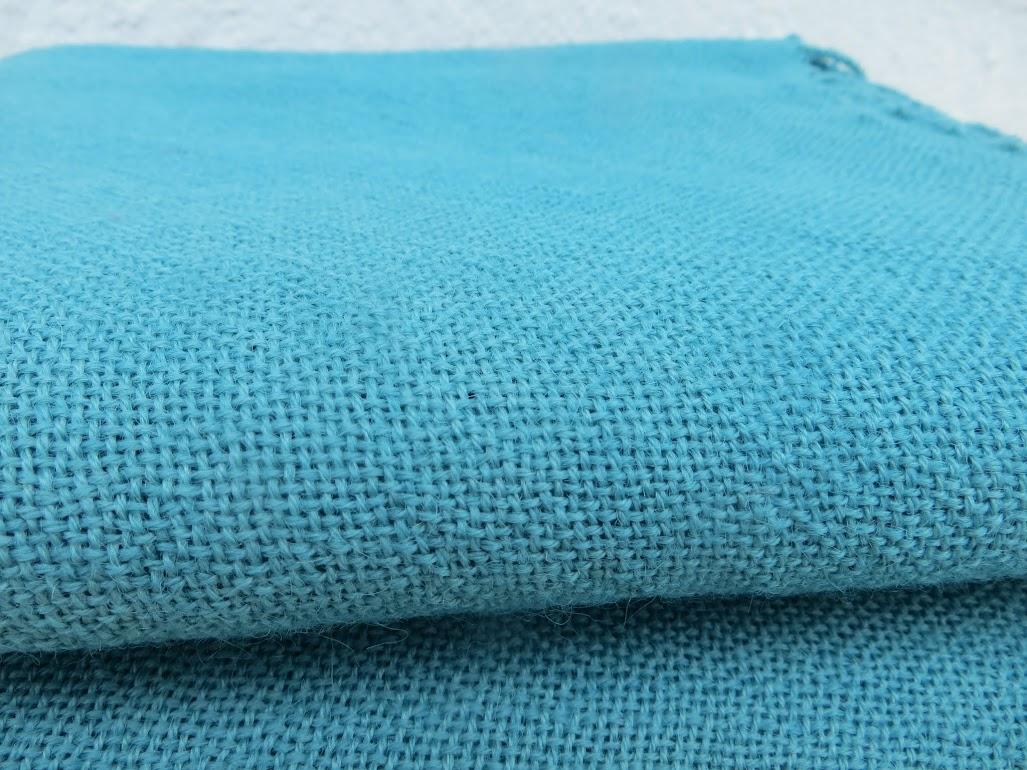 couverture légère plaid 200x200 jeté 100% laine bio bleu tissée main ... 65c37d41707