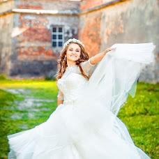 Wedding photographer Vita Mischishin (Vitalinka). Photo of 20.02.2017
