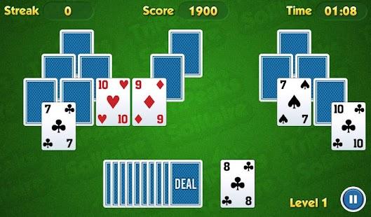 TriPeaks Solitaire Challenge Screenshot