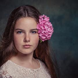 Claire by Henk  Veldhuizen - Babies & Children Child Portraits ( hortensia, portrait, fineart, child, flower )
