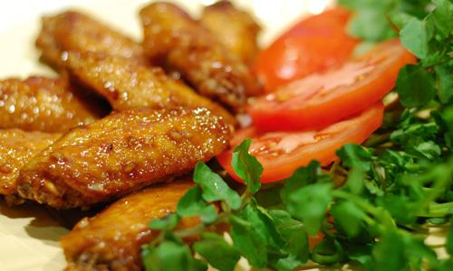 HUNG CUONG'S GOURMET WINGS