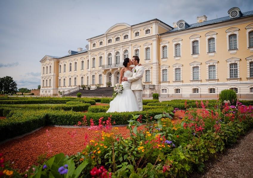 Свадебный фотограф Ромуальд Игнатьев (IGNATJEV). Фотография от 31.12.2016