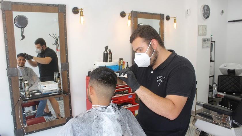 El sector de las peluquerías aglutina trabajo autónomo.