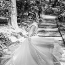 Wedding photographer Nikolay Glo (Whitestudio). Photo of 27.10.2017