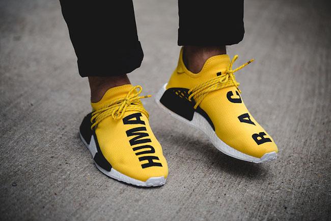 Adidas NMD Human Race yellow phong cách thời thượng