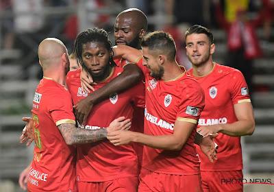 Antwerp stuurt Cercle Brugge puntenloos naar huis en hijst zich mee aan de leiding