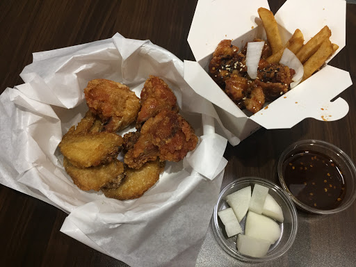 韓式炸雞口味跟我在韓國吃的很接近~重點真的很平價耶!佛心來的店家~