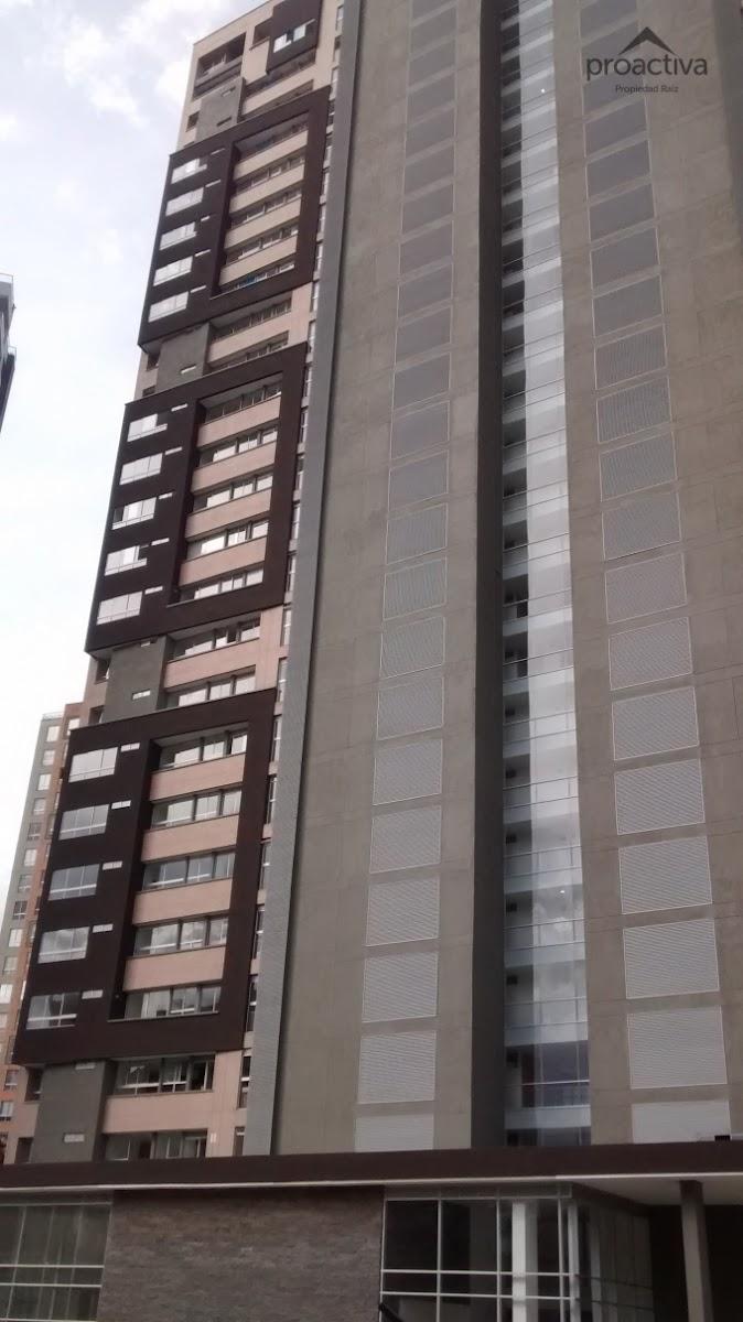 apartamento en arriendo poblado 497-4694