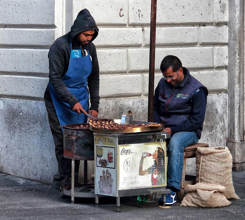 Tre caldarroste cinque euro di romano