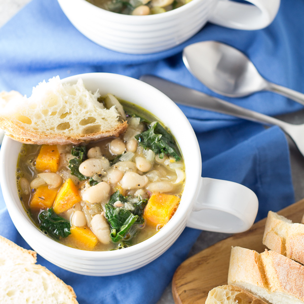 30 Minute Tuscan White Bean and Kale Soup Recipe | Yummly