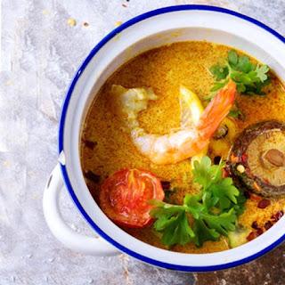Tom Yum Chicken Soup (Tom Kha Gai)