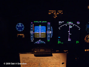 Photo: Instrument panel B737-700