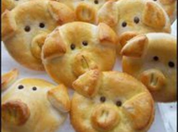 make into animal rolls. just shape, allow to rise and brush with egg wash...